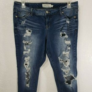 Torrid Jeans Size 12 Cropped Frayed Distressed 7